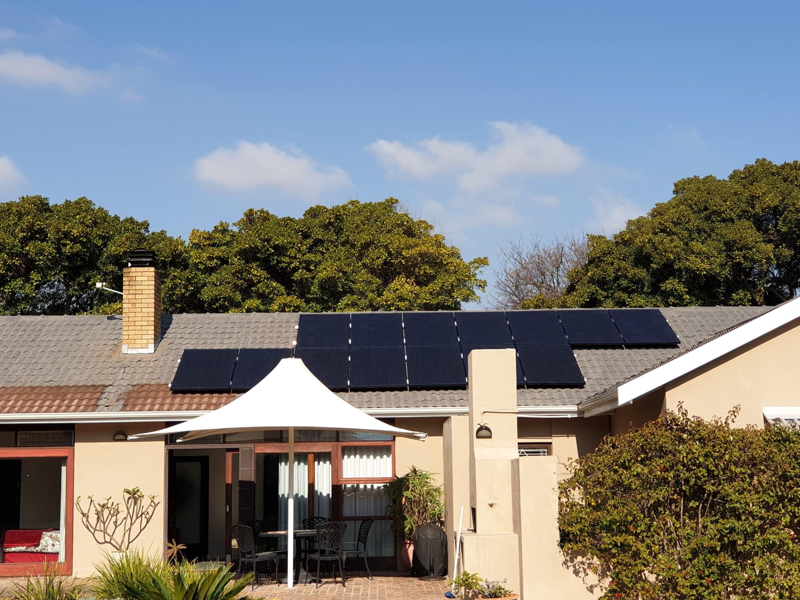 Residential Solar Power System with Batteries in Cape Town