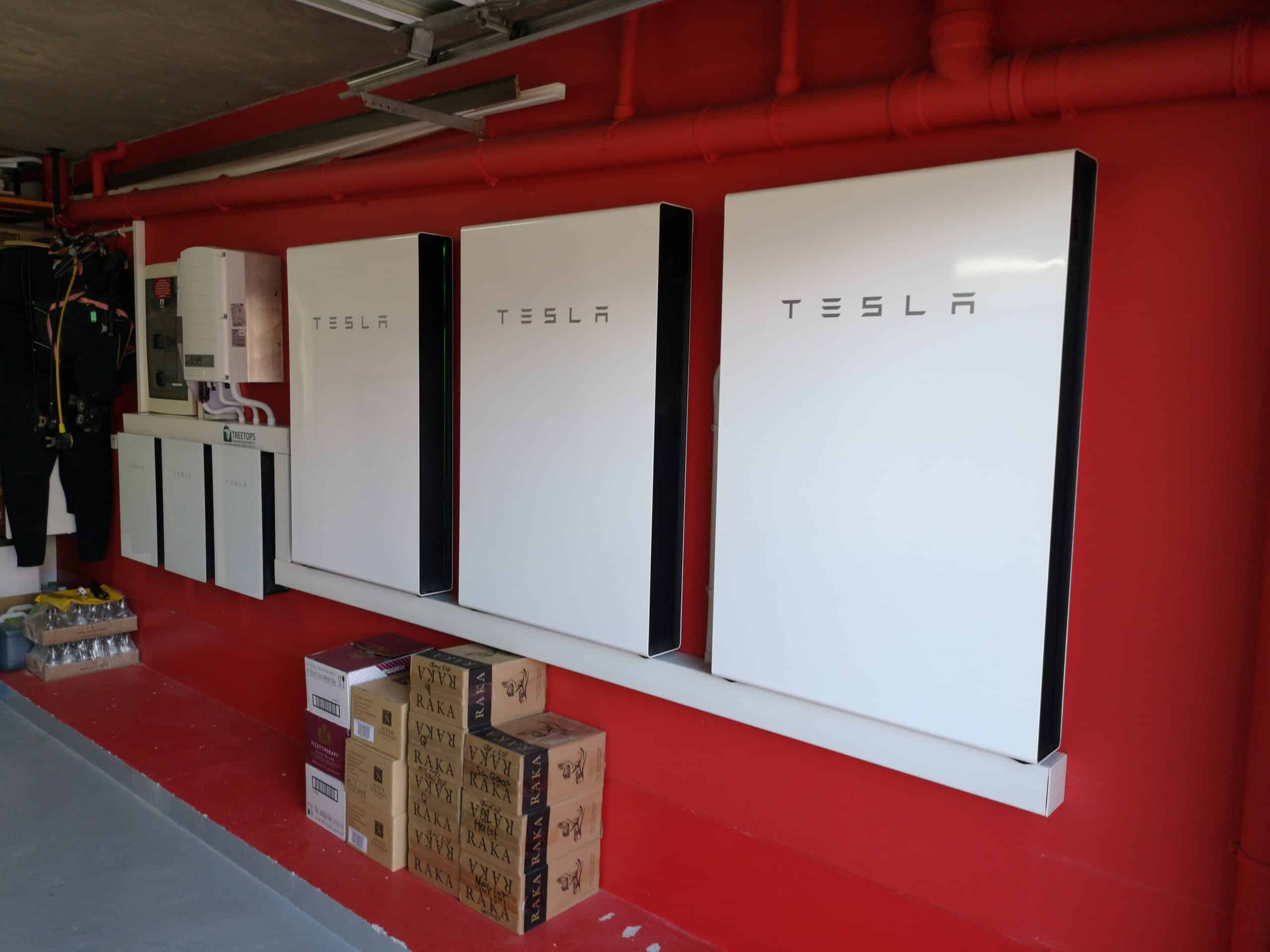 Tesla Powerwall 2 with Solar Power